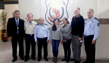 CONMOVEDOR REENCUENTRO ENTRE MADRE E HIJA TRAS 21 AÑOS